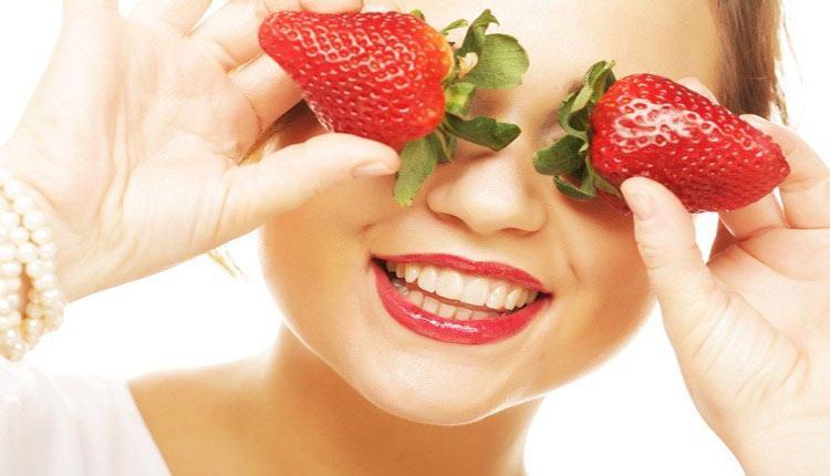 طرز تهیه 7 ماسک توت فرنگی برای زیبایی پوست